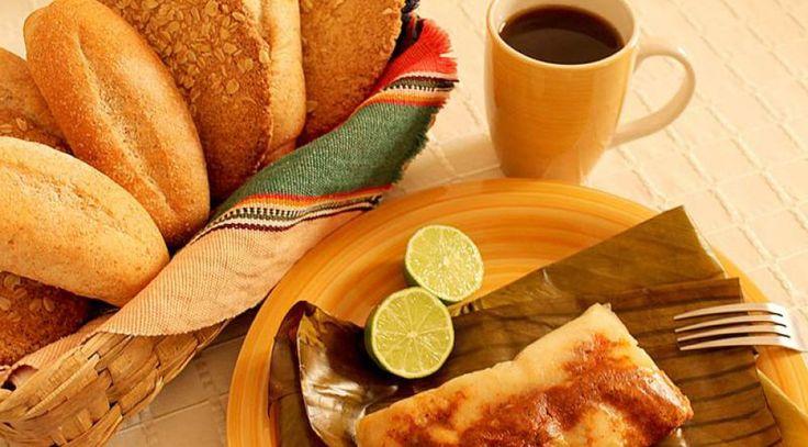 Estamos a las puertas de Diciembre y en Honduras, los tamales son una tradición en esa época del año. ¡simplemente deliciosos!