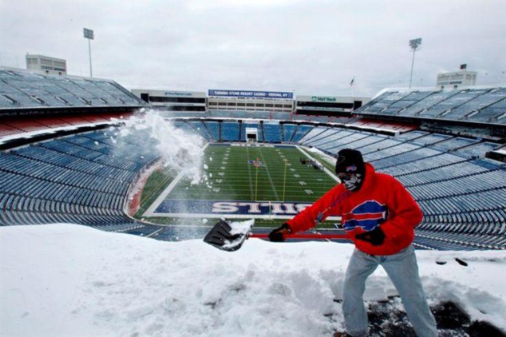Tormenta de nieve podría cancelar el Jets vs Bills de la NFL - http://notimundo.com.mx/deportes/tormenta-de-nieve-podria-cancelar-el-jets-vs-bills-de-la-nfl/23457