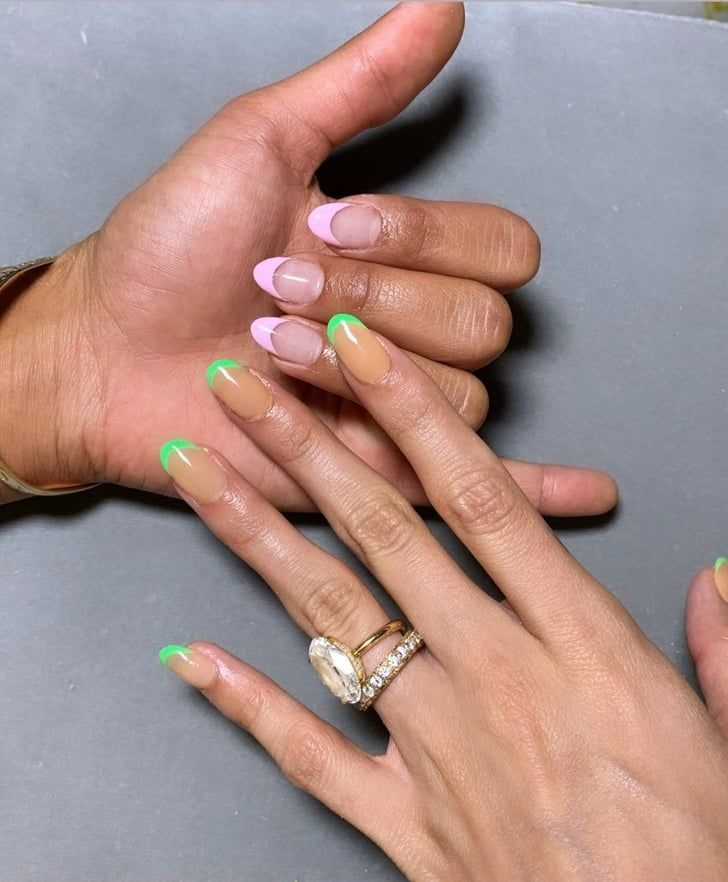Kylie Jenner Normani And Other Celebrities Who Have Brought The 90s French Manicure To 2019 Manicure Celebrity Nails Trends Celebrity Nails
