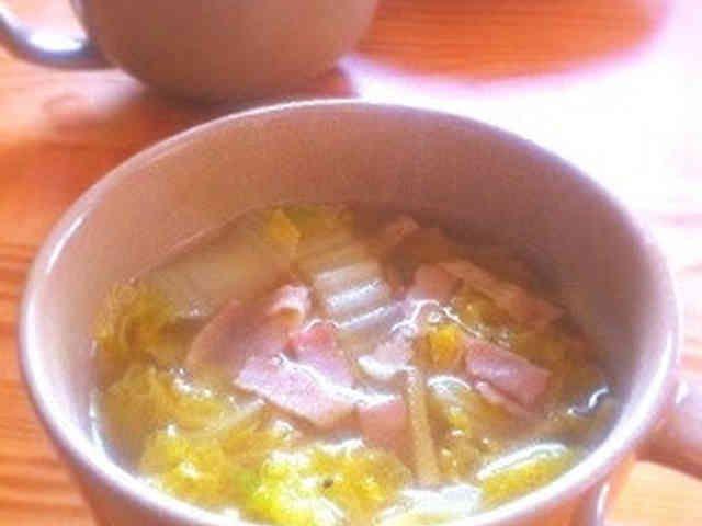 白菜とベーコンの生姜とろみスープの画像