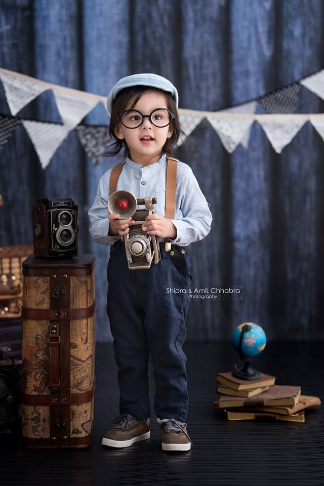 Toddlers Photo Shoot. Vintage Theme set up. Kids Photographer - Shipra & Amit Chhabra Photography - Delhi NCR