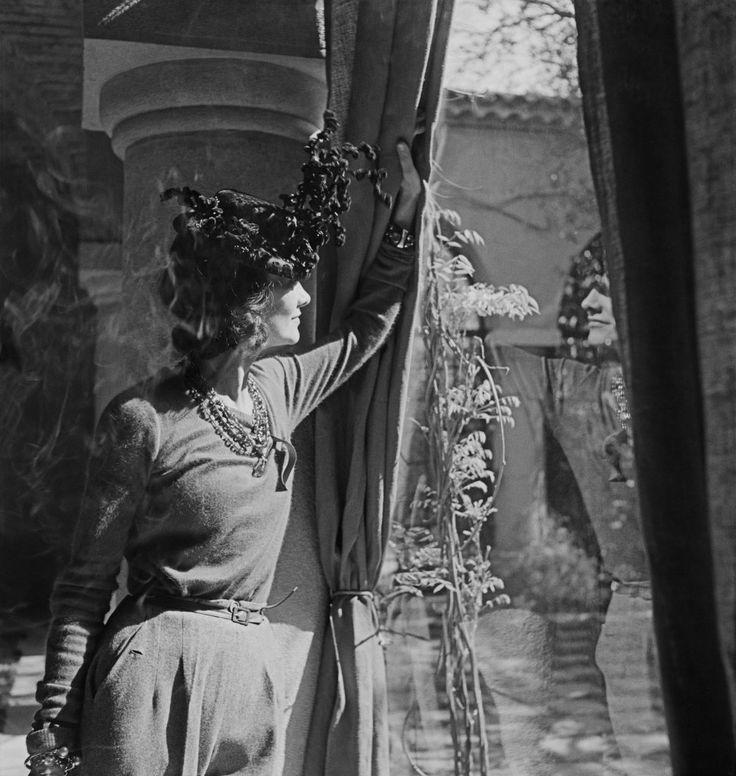 Coco Chanel à La Pausa #CocoChanel #lapausa Visit espritdegabrielle.com | L'héritage de Coco Chanel #espritdegabrielle