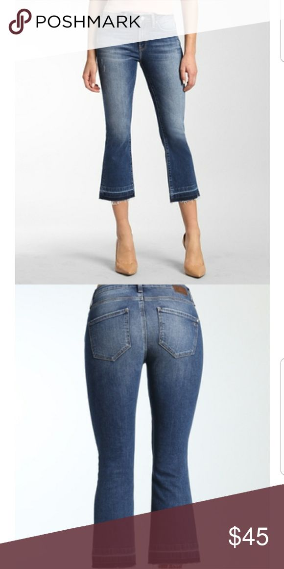 """Mavi Anika Cropped Vintage jeans Anika comes with a flared leg and unfinished hem detailing. This pair has a mid-rise and flattering fading for that vintage feel.  mid rise 