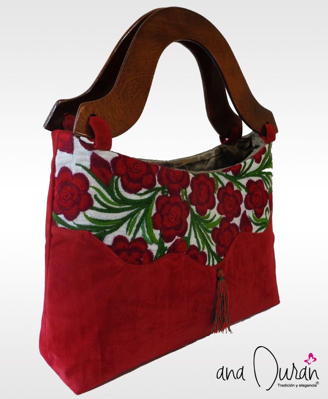 Bolso de mano elaborado con telar de cintura por artesanas del estado de Chiapas by ana Durán - Tradición y elegancia