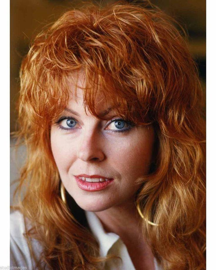 Cassandra Peterson (Elvira) without makeup