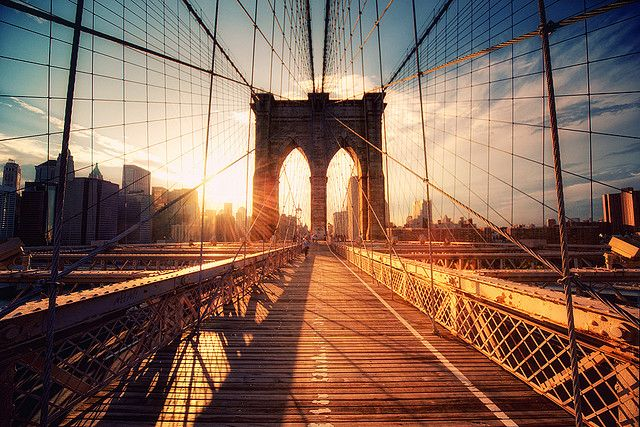 Looking forward to walking across the Brooklyn Bridge as newlyweds!   Photographer: Philip ClingerLights, York Cities, Brooklyn Bridges, Bridges Nyc, New York City, Bridges Sunsets, Brooklyn Sunsets, Philippe Klinger, Brooklyn New York