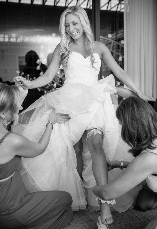 Need To Know What Wear Under Your Wedding Dress Undergarments