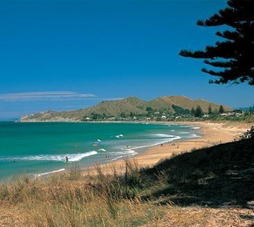 wainui beach (home town GISBORNE)