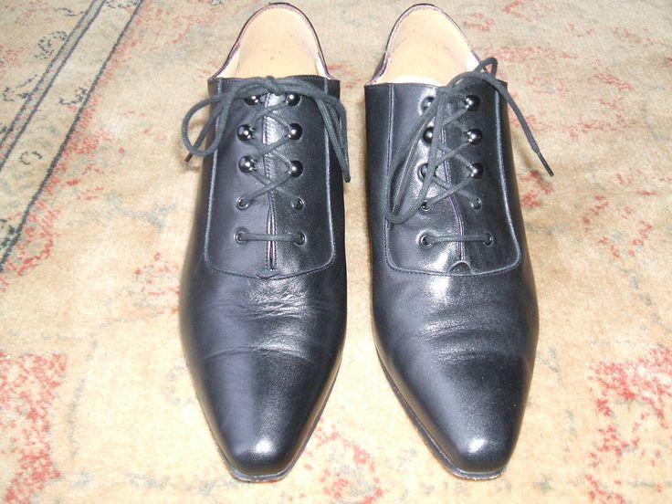 Fabulous vintage style shoes, hardly worn, Jones The Bootmaker. OWN COLLECTION. Sourced from charity shop.