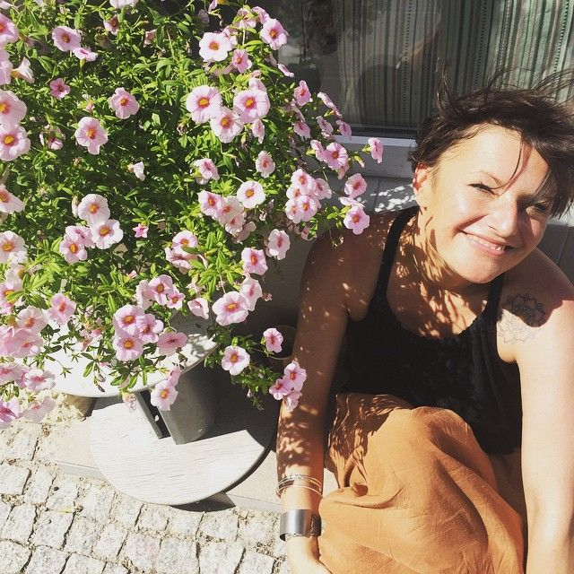Nasza piękna słoneczna Ania ☀️❤️ #cahlo #lokalcahlo #cahloteam #sunny #mokotow #flowers #happy #love #friends #sunshine