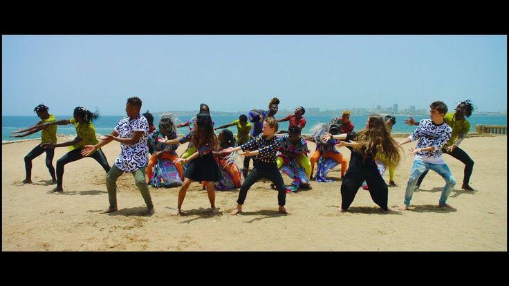KIDS UNITED - Mama Africa feat. Angélique Kidjo et Youssou NDour (Clip o...