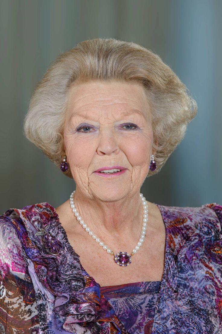 Portretfoto's Prinses Beatrix   Foto en video   Het Koninklijk Huis