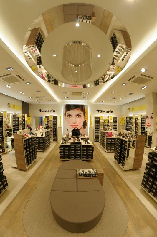 GALERIE VAŇKOVKA, nákupní a společenské centrum - Obchody