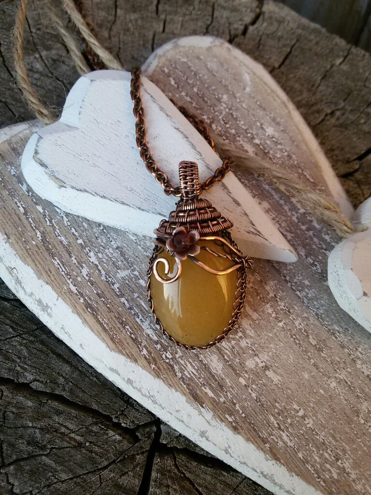 Yellow agate copper nacklace