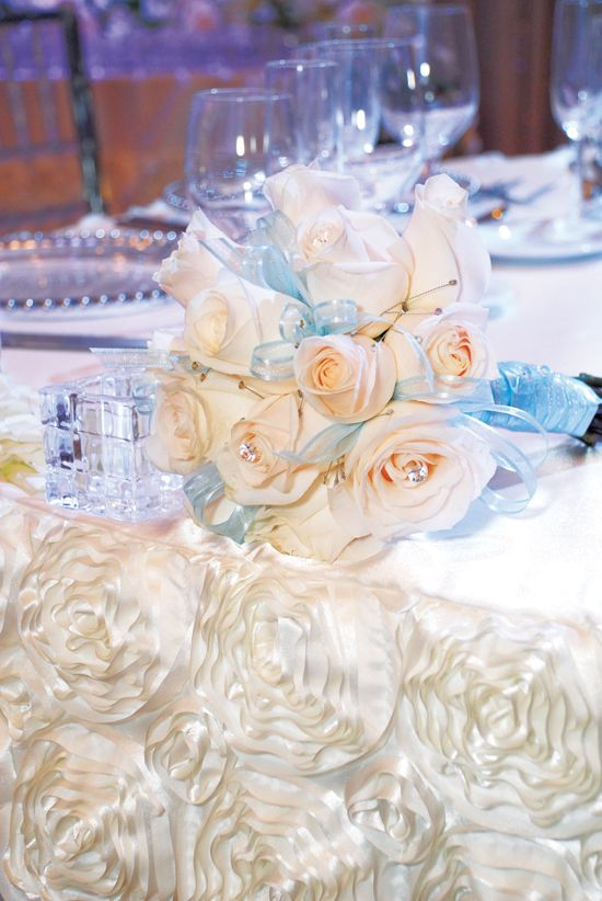 Real Wedding   Cinderella   Bouquet   This Is A Blog On   ELEGANT WEDDING /