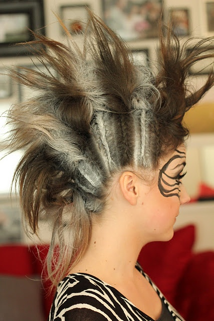 corn row #Braid mohawk!   I have done this for INDIAN costumes. PIRATE costumes, ROCKER costumes, and now a ZEBRA!