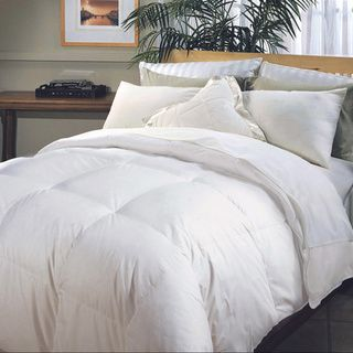Hotel Grand Naples 700 Thread Count Medium Warmth Down Alternative Comforter - Overstock™ Shopping - The Best Prices on Hotel Grand Down Alternative Comforters