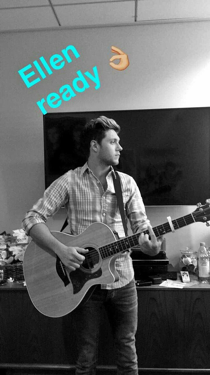 Niall backstage at the Ellen show