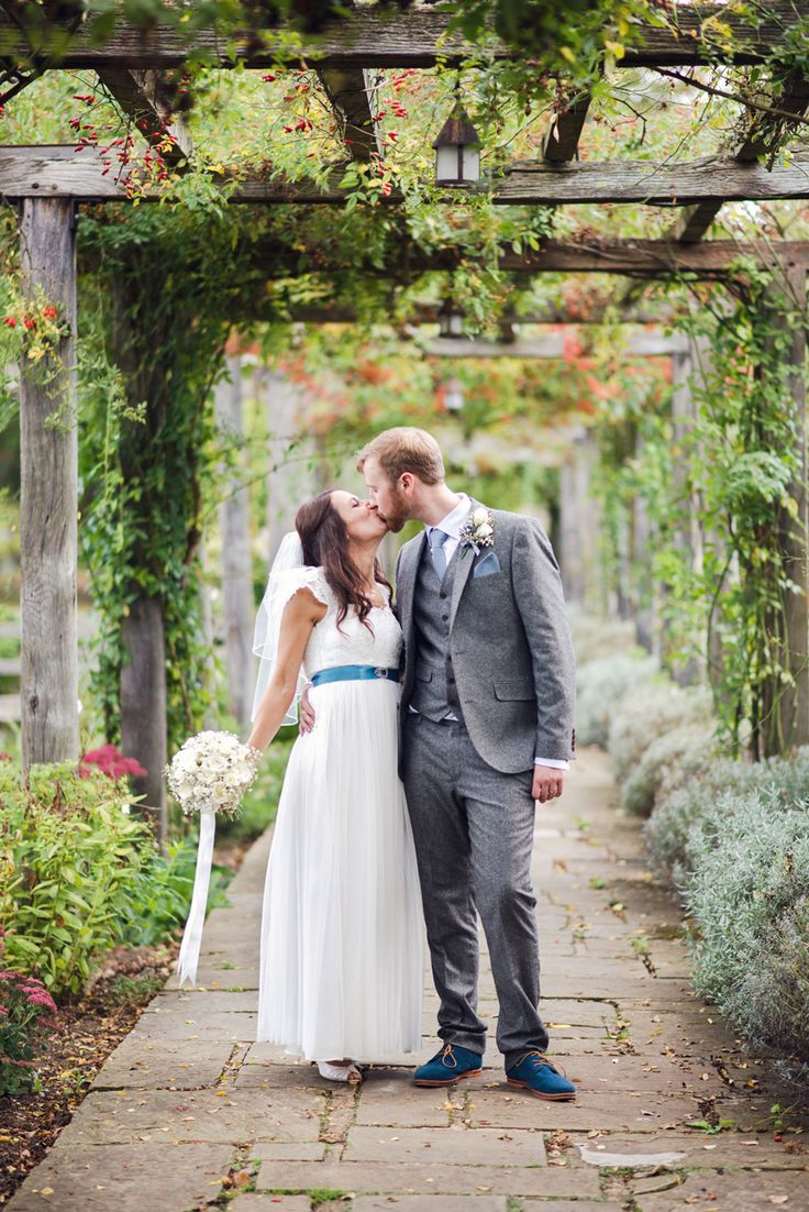 Nicky & Chris's gorgeous October wedding at Great Fosters hotel near Egham. Nicky & Chris's Great Fosters wedding. #GreatFosters #GreatFostersweddingPhotographers #Surreyweddingphotographers #Surreyweddingvenues