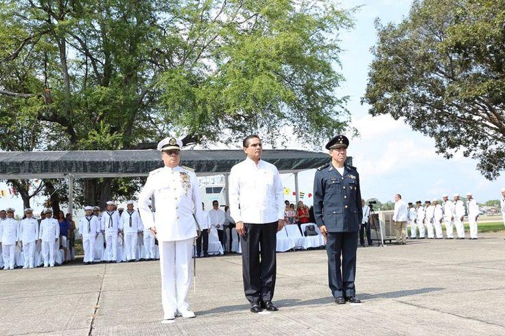 La Marina Armada de México ha jugado un papel fundamental, junto con las instituciones federales y estatales, así como autoridades municipales, para devolver la tranquilidad de Michoacán, destaca el gobernador ...