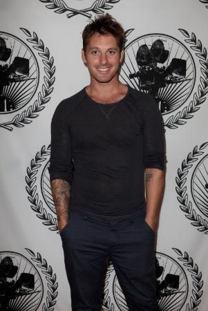 Tristan MacManus began dancing his home of Dublin, Ireland before moving on to compete around Europe, eventually winning numerous Juvenile, Junior and Amateur competitions.