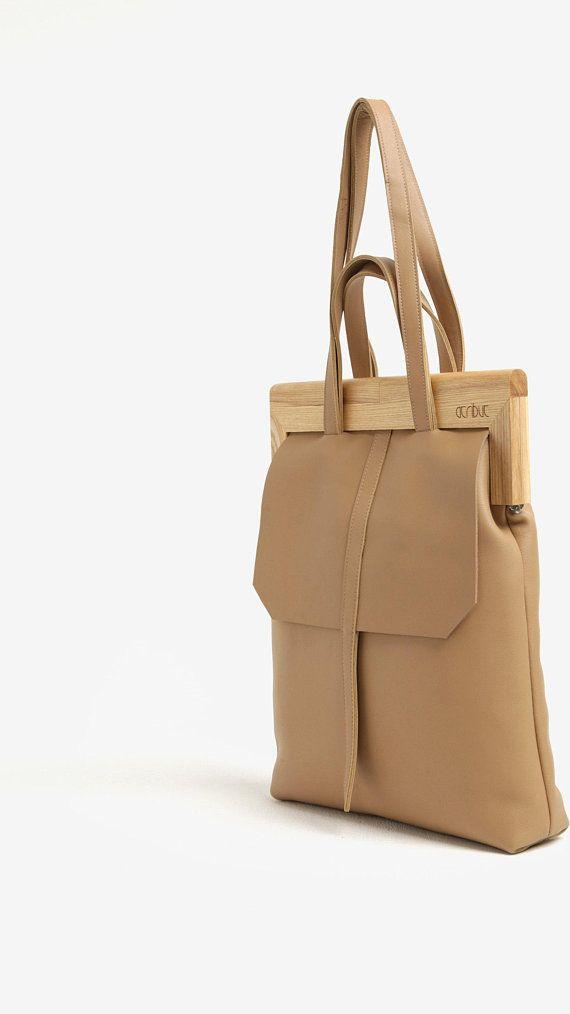 f3fec29a40c Woodframe handtas - vervaardigd met een houten frame zelf clasping, deze  slim geconstrueerd tas wordt