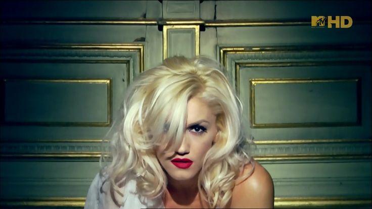 Gwen Stefani – Early Winter