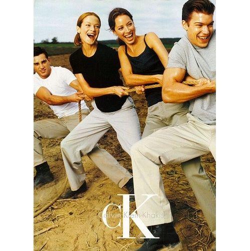 Christy Turlington, Carolyn Murphy et autres par Steven Meisel pour la campagne Calvin klein Khakis printemps-été 1998