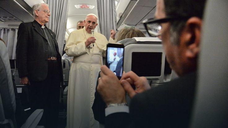 Papież Franciszek ostrzega przed pułapkami wirtualnego świata #religia