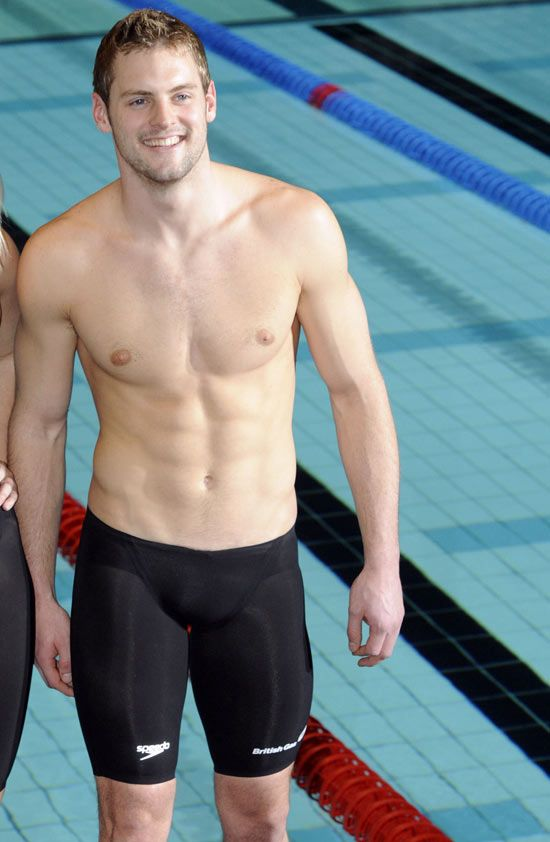 Com gay man nude sport