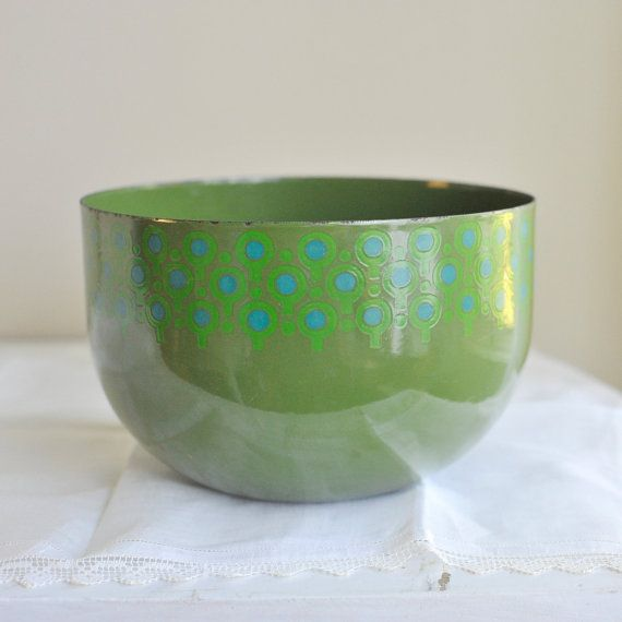 Hey, I found this really awesome Etsy listing at https://www.etsy.com/listing/104114095/1960s-mod-scandinavian-enamel-vefa-green