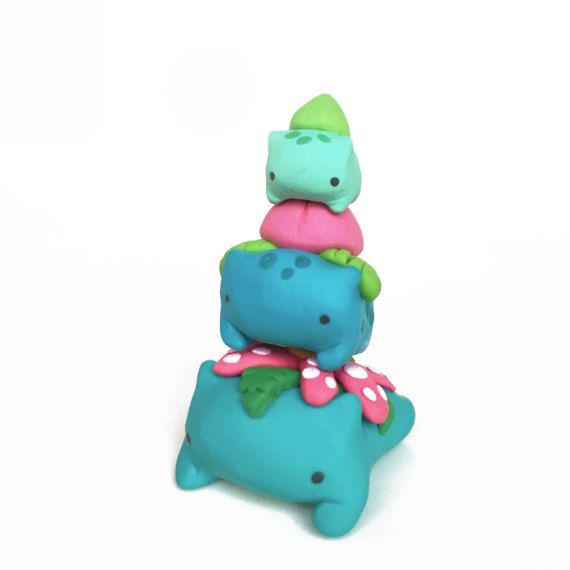 This cute stackable set includes Bulbasaur, Ivysaur and Venusaur!   *approx. height when stacked: 2 in (5 cm)  Interested in other Pokémon? Message me for custom requests :)
