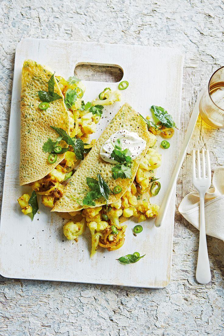 Potato and cauliflower masala dosa