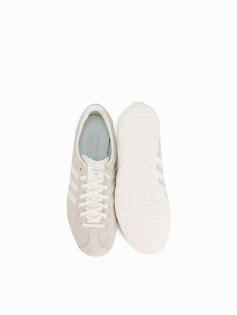http://nelly.com/no/klær-til-kvinner/sko/hverdagssko/adidas-originals-890/gazelle-og-w-890867-1/