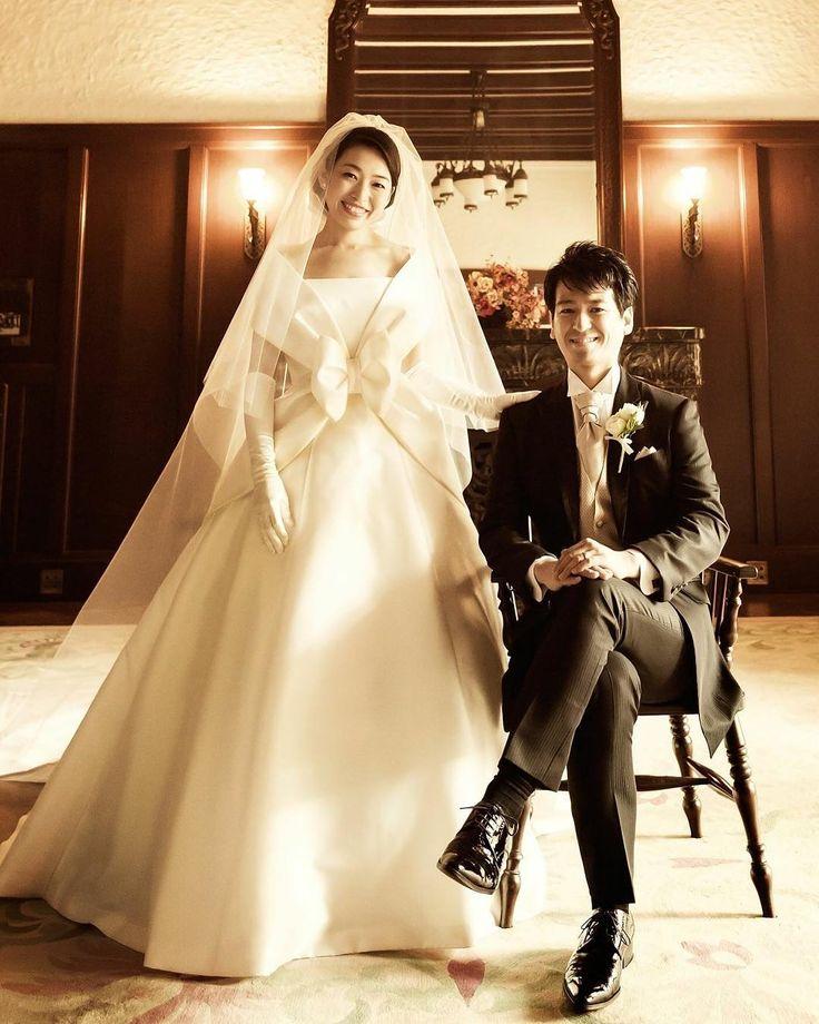 emarie_weddingウエディングドレス��エマリーエ  本当の花嫁さんは美しい…  憧れの洋館で…永遠の家族写真 �� 女の子にはドレスが大切!�� 結婚が決まったら、ドレスを捜しに行こう!  大好きなドレスを着たいんですもの。。��♪ エマリーエは挙式日が決まっていなくても、ご試着できます♪  エマリーエのお取り扱いサロンは 南青山サロンと関西サロン京都下鴨の2つのサロンのみです。�� ご来サロンをお待ちしています  0368043090(#^.^#) デザイナー松居エリのブランドはエマリーエのみです。#bridal #bride#weddingdress #wedding #エマリーエ#ウェディングドレス#ウェディング#ウエディング#ウエディングドレス長袖 #ウエディングドレス#EMarie#結婚#結婚式準備 #結婚指輪#婚約指輪#やまとなでしこ#プロポーズ#EMarie #ケープカラー#日本中のプレ花嫁さんとつながりたい #先輩花嫁さん#日本中のプレ花嫁さんと繋がりたい#デザイナーエリ松居#ケープカラー#プレ花嫁…
