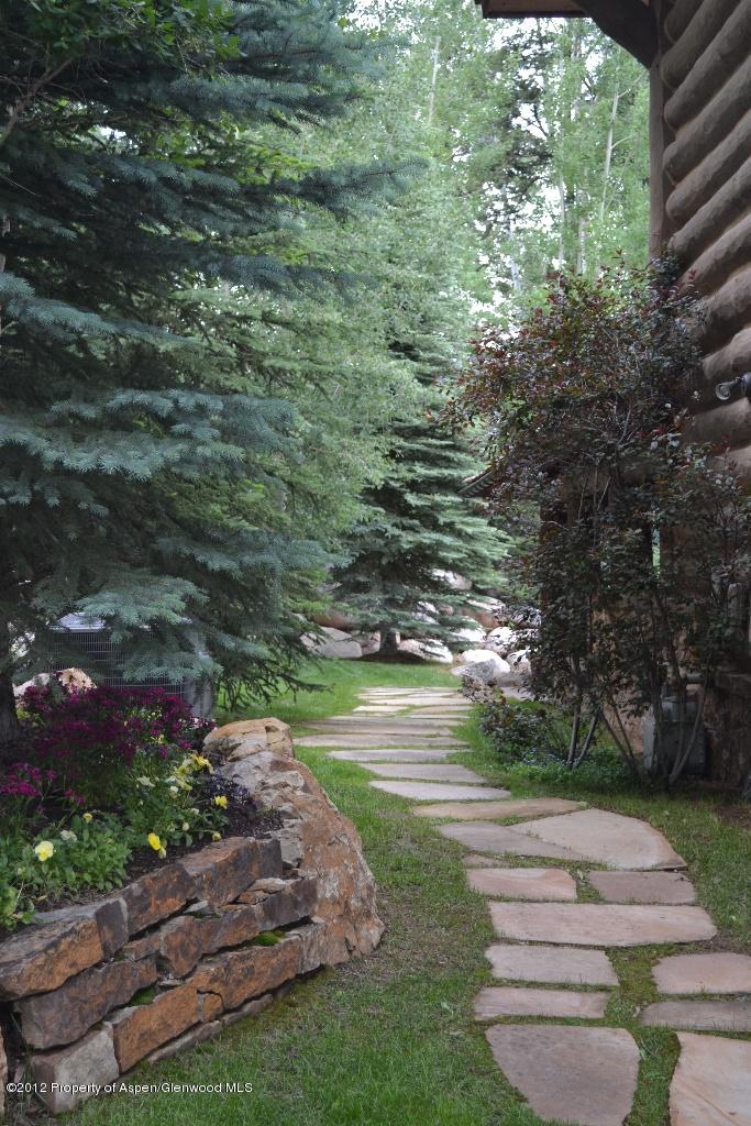 Pathways In Gardens 84 best stone pathways images on pinterest | stone pathways