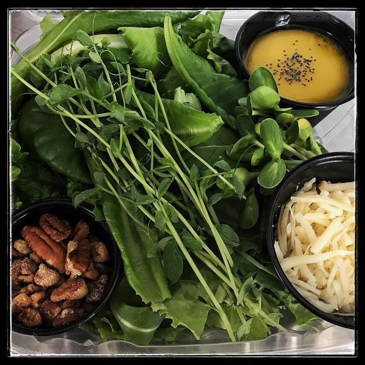 Tropicana & butter lettuce with pea and sunflower shoots from @olivetrunkfarms. Candied #pecans #honey #lemon #poppyseed #vinagrette and #smokedmozzarella #salad for #paristexas