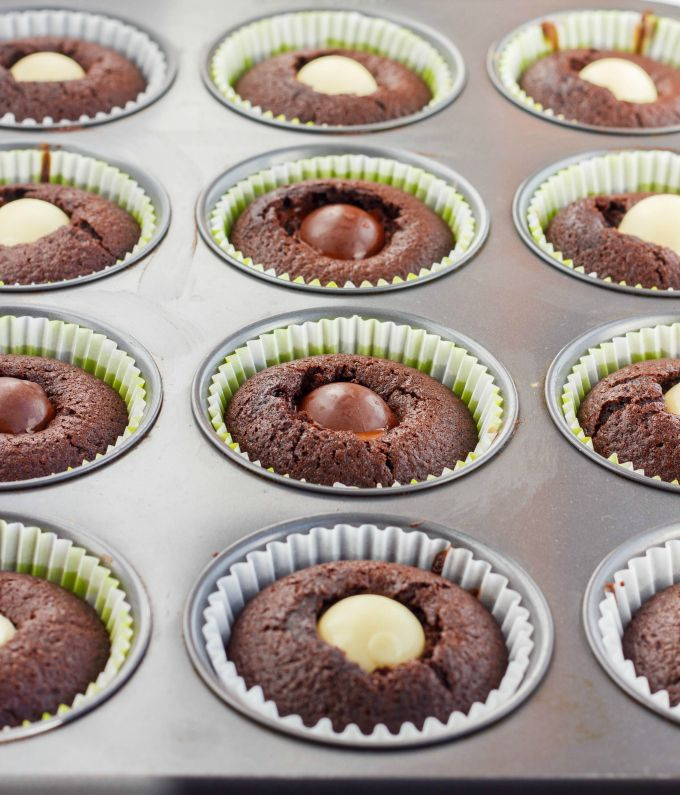 Lindor Milk Chocolate Cupcakes with Chocolate Buttercream