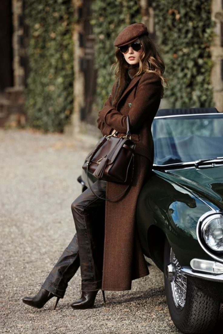 44 Outfit to Wear with Leather Beret for Women
