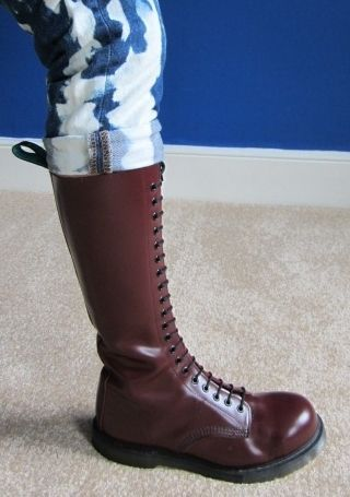 Dr Marten-like: Solovair 20 Hole Boots - cherry red, used, size