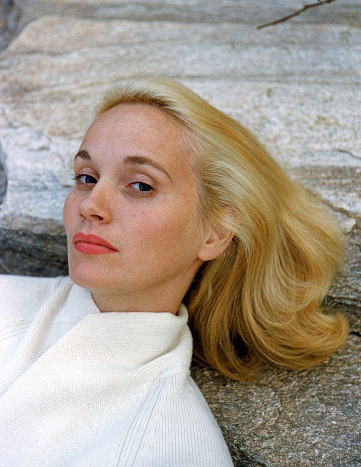 Eva Marie Saint -- Getty Images - TownandCountryMag.com