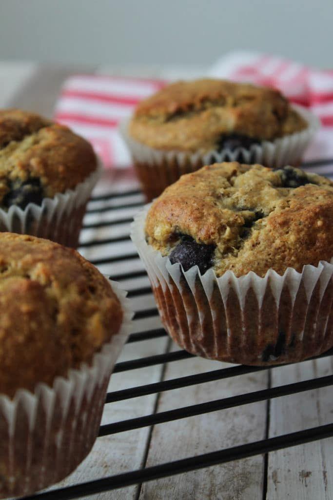 Muffin vegano de banana e mirtilo