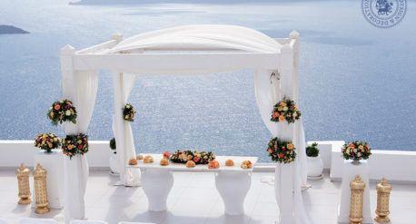 Wedding at Dana Villas, Santorini, 26th of June 2016  Colorful wedding in Santorini Wedding décor and flower design: Fabio Zardi