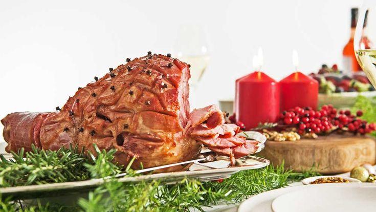 Moscato glazed Christmas ham