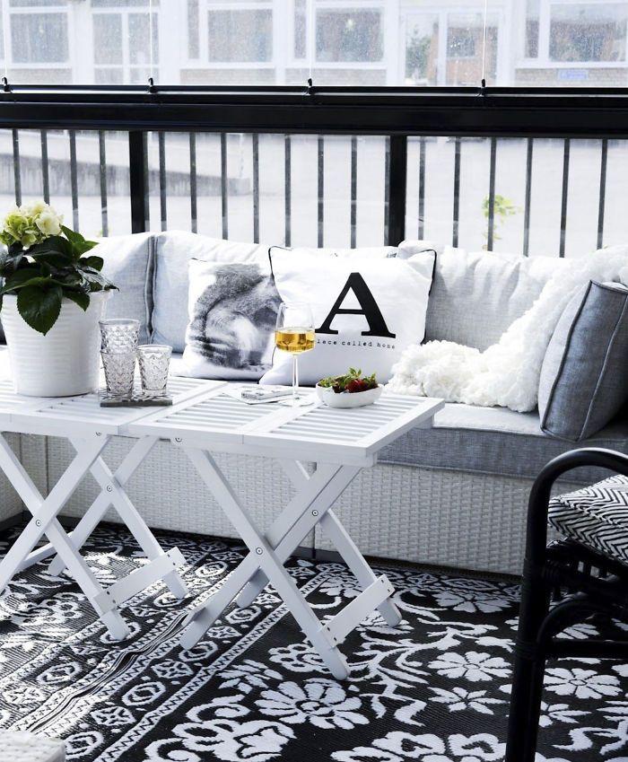 63 Cozy Apartment Balcony Decorating Ideas: 17 Best Ideas About European Apartment On Pinterest