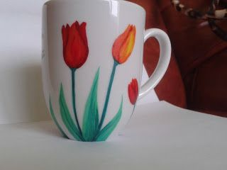 Lalele rosi si portocali / Red and orange tulips - cana pictata manual / handmade painted mug ___* pret: 30 lei / price: 6 euro