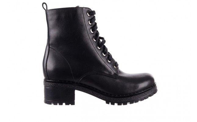 Bayla 056 7004 08 Czarne Skorzane Trzewiki Czarne Trzewiki Bayla Na Malym Obcasie Typu Klocek O Bieznikowanej Podeszwie Wykonane Z Boots Combat Boots Shoes
