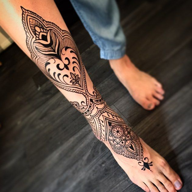 Leg Tattoo Girl