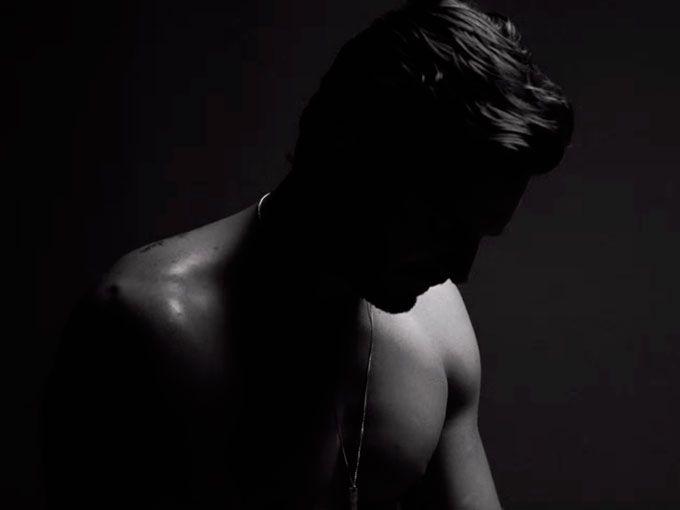 """Hombres y mujeres experimentamos estereotipos de belleza inalcanzables pero el siguiente anuncio de ropa interior, nos muestra al hombre perfecto y estoy segura de que te va a encantar.""""Dressmann"""", la marca noruega de ropa interior para hombres, lanzó un anuncio llamado """"el hombre perfecto"""" en el que muestra a 7 tipos de hombres que retratan todo tipo de masculinidad."""