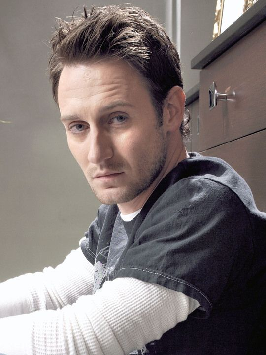 josh stewart...those sad puppy dog eyes are lustful!